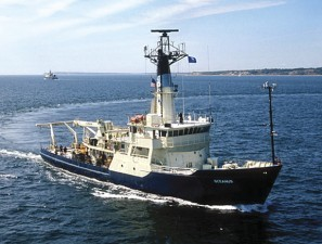 "Cum se pierd fondurile: Institutul ""Grigore Antipa"" din Constanta a comandat o nava militara in locul unei nave de cercetari stiintifice"