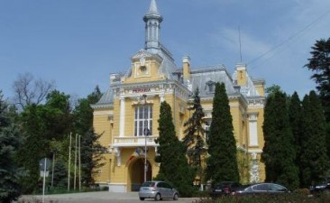 Primaria Botosani solicita renegocierea unui imprumut contractat de la Banca Mondiala