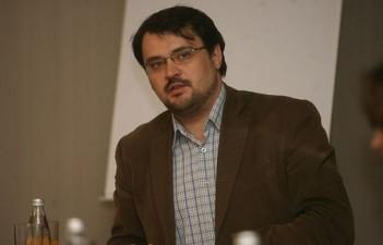 Cristian Ghinea, propus de premierul Ciolos ministru al Fondurilor Europene