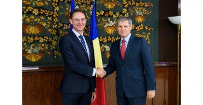 """Dacian Ciolos la intalnirea cu vicepresedintele Comisiei Europene Jyrki Katainen: """"Romania ramane puternic atasata proiectului european"""""""