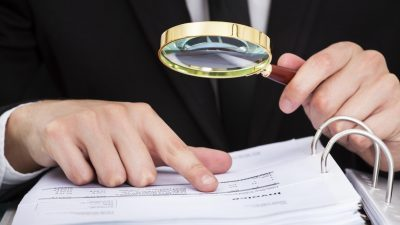 Comisia Europeana cere Romaniei sa aplice reglementarile UE in materie de audit
