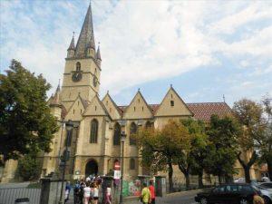 """Restaurarea Bisericii Evanghelice """"Sf. Maria"""" din Sibiu primul proiect de finantare semnat pe POR 2014-2020  la ADR Centru"""
