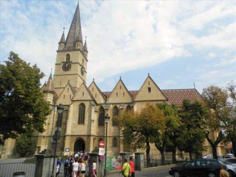 Foto-Biserica.jpg