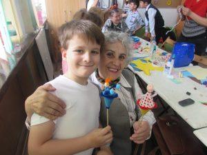 Generatii, un proiect care mobilizeaza voluntarii seniori in sprijinul copiilor