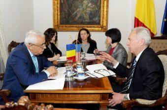Intalnirea ministrului Petre Daea cu Ambasadorul SUA in Romania, Hans Klemm