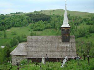 """Biserica de lemn din Geogel si Capela """"Inima lui Iisus"""" din Odorheiu Secuiesc – viitoare obiective turistice"""
