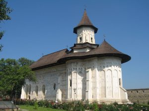 Manastirile Zamfira si Probota vor fi reabilitate din fonduri europene
