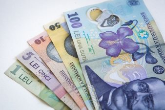 Oficial BNR: Creditele mici, luate de la firme nebancare, impiedica romanii sa isi plateasca ratele la banci