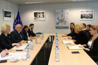 Corina Cretu: Romania are nevoie de o planificare realista, o pregatire amanuntita si o implementare eficienta a proiectelor de transport