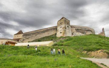 Cetatea Rasnov va fi reabilitata cu fonduri europene. Primaria cauta constructor