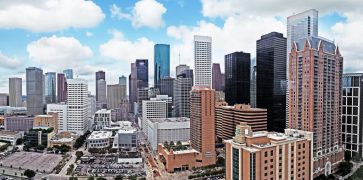 Panoramic_Houston_skyline.jpg