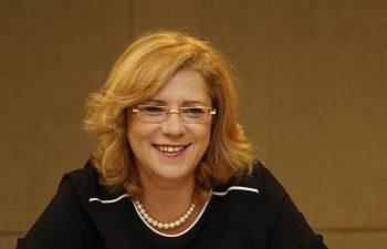 Comisarul Corina Cretu a aprobat o finantare europeana de 1,3 miliarde euro pentru modernizarea unei sectiuni din coridorul feroviar Curtici-Constanta