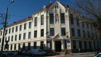 """Satu Mare: Cladirea Colegiului """"Kolcsey"""", modernizata cu bani alocati de Guvernul Ungariei"""