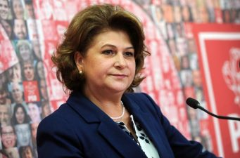 Motiunea simpla PNL – PMP impotriva ministrului Rovana Plumb, respinsa de Senat