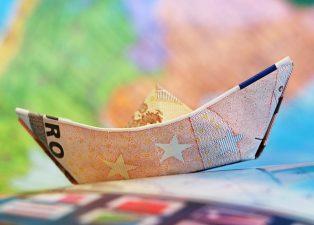 Programul pentru IMM-uri a fost transferat de la un minister la altul, pentru a nu fi pierdute fonduri europene de peste o jumatate de miliard de euro