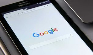 google-on-your-smartphone-1796337_960_720_3.jpg
