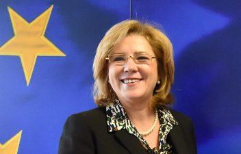 Comisarul Corina Cretu a aprobat finantarea sectiunii de autostrada Tirgu Mures – Campia Turzii