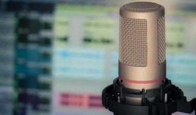 Inscrieri online: Google cauta creatori de podcast-uri sa ii duca in SUA, la cursuri in valoare de 40.000 de dolari