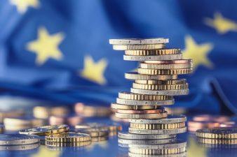 Firmă de consultanţă: Companiile mai au la dispoziţie două luni în care pot beneficia de fonduri europene şi ajutoare de stat de până la 1 miliard euro