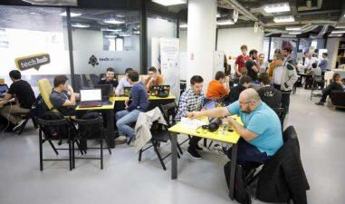 3 proiecte IT din domeniul sanatatii primesc finantari de cate 5.000 euro la un hackathon in Bucuresti