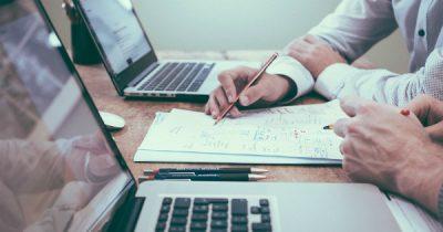 AM POC anunta modificarea unor prevederi din Ghidul Solicitantului aferent Actiunii 2.2.1 – Sprijinirea cresterii valorii adaugate generate de sectorul TIC