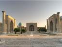 Antreprenori si manageri romani in Uzbekistan