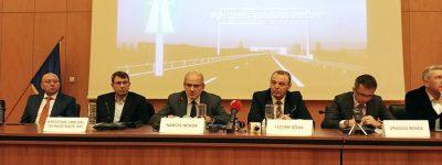 A fost semnat contractul pentru lucrarile de constructie a soselei de centura a municipiului Bacau