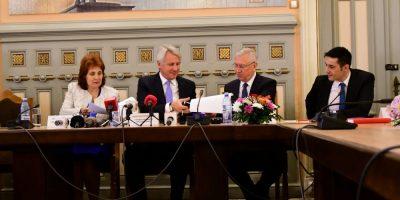 Eugen Teodorovici: Am semnat, astăzi, la Craiova, un contract de finanțare pentru accesul la apă și canalizare a 370.000 cetățeni
