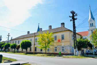 Fonduri europene pentru infrastructura de turism balnear din stațiunea Băile Herculane și pentru restaurarea monumentului istoric Urbarialhaus