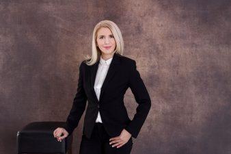 Diana Mihalcea: Îi sfătuiesc pe tineri să experimenteze. Este o perioadă în care experimentând câștigi mult și riști puțin!