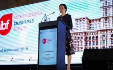 Ministrul Roxana Mînzatu: Vom aloca 6 miliarde euro pentru antreprenori în următoarea perioadă de programare