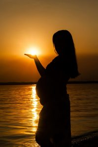 mother-belly-sunset-pregnant-woman.jpg