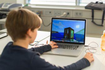 Finanțare de 100.000 de euro pentru startup-uri tech care contribuie la îmbunătățirea vieții copiilor
