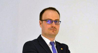 """Alexandru Cumpănaşu, numit de Guvern consultant pe fonduri europene. Liberalii spun că e """"o eroare birocratică"""""""