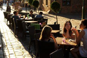 Vienezii vor primi vouchere de la primărie pentru a merge la restaurante şi cafenele
