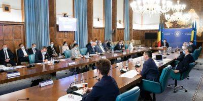 Guvernul schimbă criteriile de selecție pentru beneficiarii de granturi
