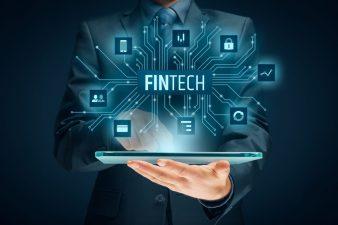 Se caută startup-uri Fintech: Techcelerator dă startul înscrierilor. Proiectele pot primi finanţări de până la 200.000 de euro