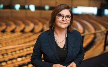 """Adina Vălean: România ar putea primi un avans de 13 % din fondurile PNRR înainte de iunie, """"dacă lucrurile merg bine"""""""